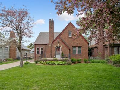 4221 Sheridan Avenue, Des Moines, IA 50310 - #: 581883