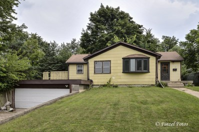 221 Hickory Drive, Crystal Lake, IL 60014 - #: 09712634