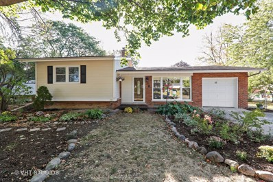 10 Chase Court, Lombard, IL 60148 - #: 09771186