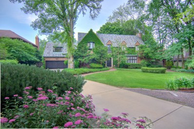 801 S County Line Road, Hinsdale, IL 60521 - #: 09903081