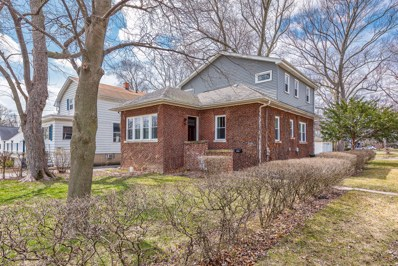 328 N Summit Avenue, Villa Park, IL 60181 - MLS#: 09912843