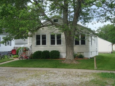 309 S Fourth Street, Cissna Park, IL 60924 - MLS#: 09926345
