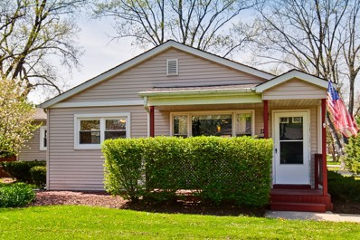 12 GOLFVIEW Road, Lake Zurich, IL 60047 - MLS#: 09947521