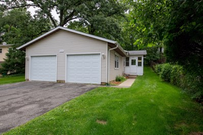 900 Woodland Road, Wauconda, IL 60084 - MLS#: 10000289