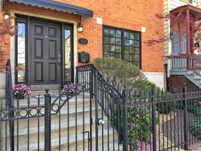 3039 N Southport Avenue, Chicago, IL 60657 - MLS#: 10010949