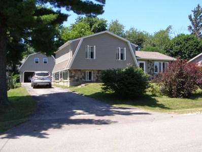 300 Hazelwood Drive, Lindenhurst, IL 60046 - MLS#: 10011152