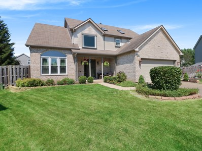 9 Rolling Hills Court, Lake In The Hills, IL 60156 - #: 10013532