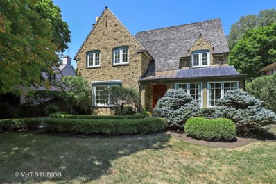 36 Atteridge Road, Lake Forest, IL 60045 - #: 10040240