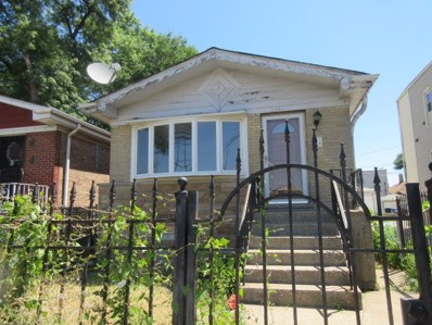 3241 N Kedzie Avenue, Chicago, IL 60618 - #: 10048132