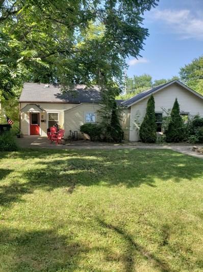 110 E Sunnyside Avenue, Libertyville, IL 60048 - #: 10049456