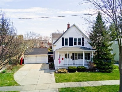715 N HIGHLAND Avenue, Arlington Heights, IL 60004 - #: 10057013