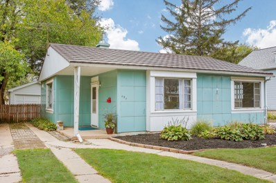 454 S Edgewood Avenue, Lombard, IL 60148 - #: 10062350