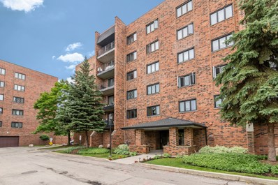 9357 Landings Lane UNIT 208, Des Plaines, IL 60016 - #: 10067053