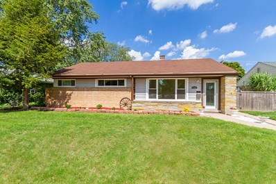 658 OAKWOOD Court, Des Plaines, IL 60016 - MLS#: 10074816