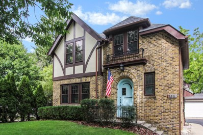 146 E Woodland Road, Lake Forest, IL 60045 - MLS#: 10079729