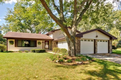 863 Camelot Court, Crystal Lake, IL 60014 - #: 10111982