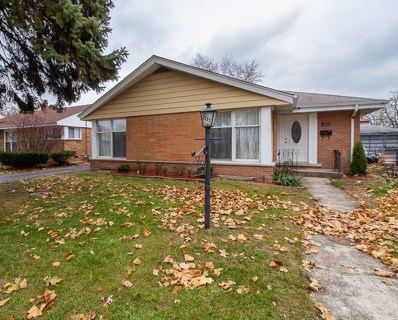 2233 Mayfair Avenue, Westchester, IL 60154 - MLS#: 10140971