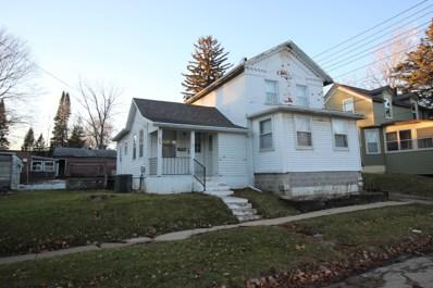 610 S Blackhawk Avenue, Freeport, IL 61032 - #: 10165368