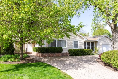 306 W Lincoln Avenue, Libertyville, IL 60048 - #: 10261427