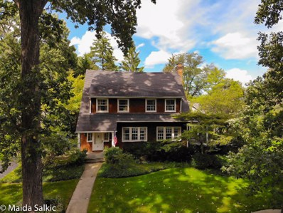 9 Warwick Road, Winnetka, IL 60093 - #: 10279197