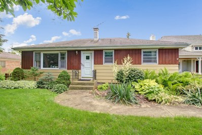 4720 Roslyn Road, Downers Grove, IL 60515 - #: 10293016
