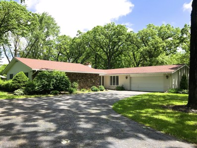 1 Bruce Circle S, Hawthorn Woods, IL 60047 - #: 10305633