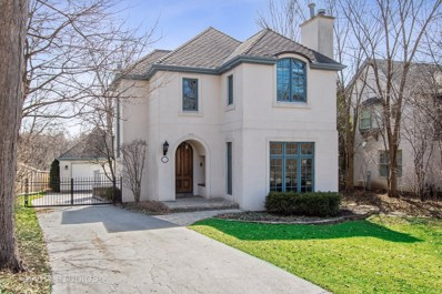 737 Highview Terrace, Lake Forest, IL 60045 - #: 10317702