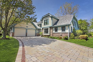632 Academy Woods Drive, Lake Forest, IL 60045 - #: 10328518