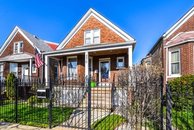 2210 N Karlov Avenue, Chicago, IL 60639 - #: 10346873