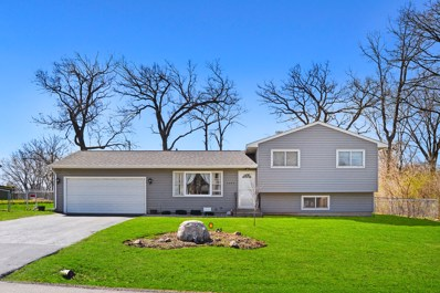 7405 E Oakwood Drive, Wonder Lake, IL 60097 - #: 10349125
