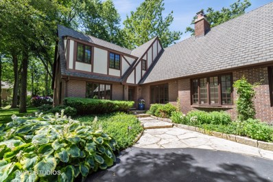 2400 W Old Mill Road, Lake Forest, IL 60045 - #: 10352338