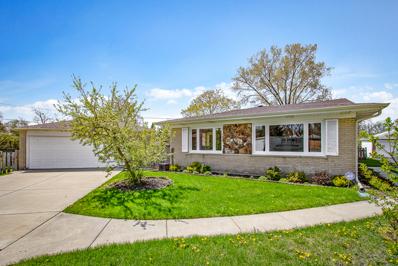 3243 Roder Street, Glenview, IL 60025 - #: 10374803