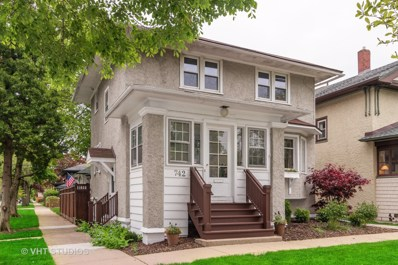 742 Woodbine Avenue, Oak Park, IL 60302 - #: 10386800