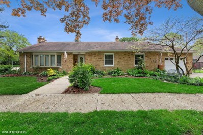 4200 Gilbert Avenue, Western Springs, IL 60558 - #: 10387032