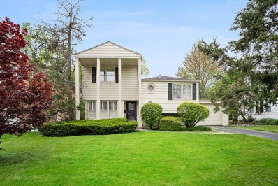 1104 Blackthorn Lane, Northbrook, IL 60062 - #: 10389125
