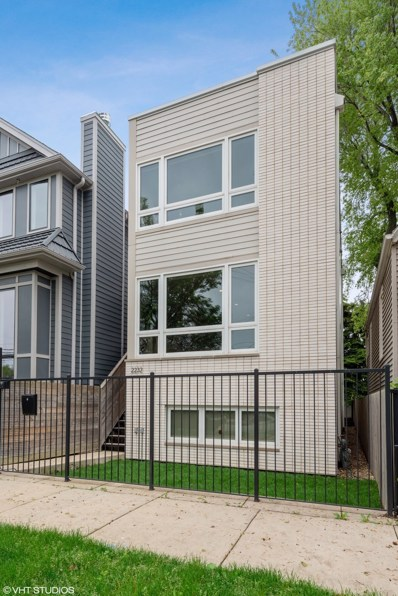 2232 W Oakdale Avenue, Chicago, IL 60618 - #: 10401535
