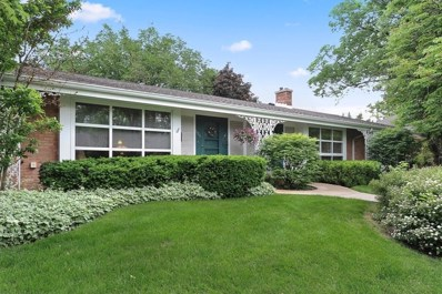 606 Carriage Hill Drive, Glenview, IL 60025 - #: 10401754