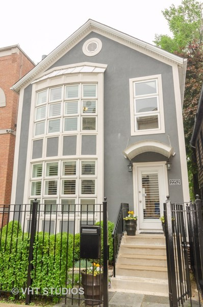 2252 N Southport Avenue, Chicago, IL 60614 - #: 10404624
