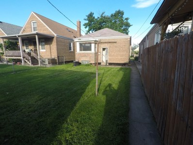 5825 S Kenneth Avenue, Chicago, IL 60629 - #: 10407188