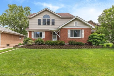 4911 Stanley Avenue, Downers Grove, IL 60515 - #: 10407578