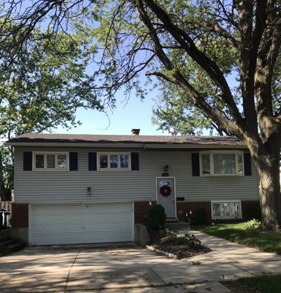72 W Fullerton Avenue, Glendale Heights, IL 60139 - #: 10412259