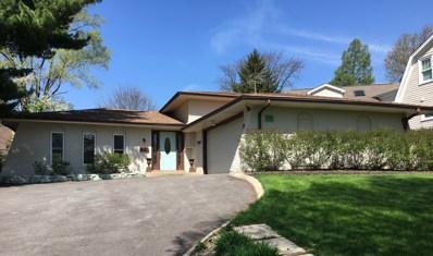 4 Woodstock Avenue, Clarendon Hills, IL 60514 - #: 10413110