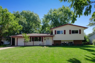 663 Devonshire Lane, Crystal Lake, IL 60014 - #: 10424128