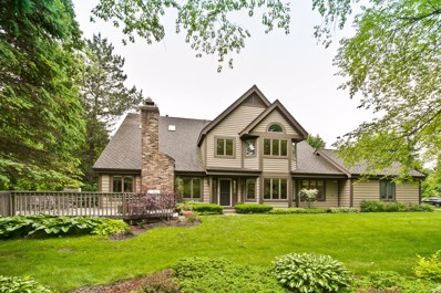 1927 Forest Creek Lane, Libertyville, IL 60048 - #: 10424339