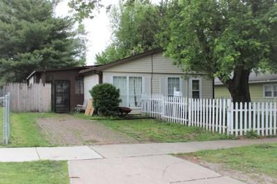 815 W Grove Street, Bloomington, IL 61701 - #: 10424476