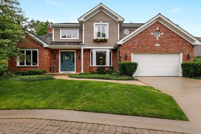 327 Carriage Hill Circle, Libertyville, IL 60048 - #: 10429067