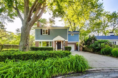 928 Cambridge Lane, Wilmette, IL 60091 - #: 10437905