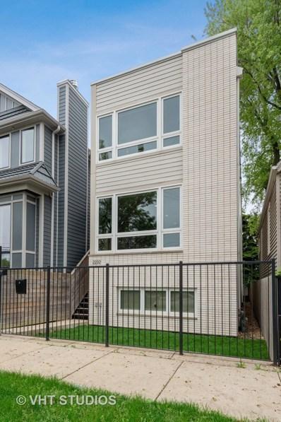 2232 W Oakdale Avenue, Chicago, IL 60618 - #: 10443683
