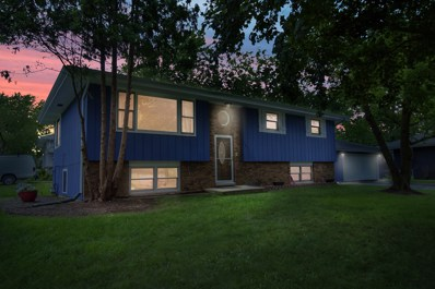 101 Woody Way, Lake In The Hills, IL 60156 - #: 10446586