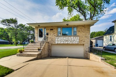 10712 Wrightwood Avenue, Melrose Park, IL 60164 - #: 10449454